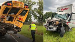 Update: Johnathon Grayer identified as hero victim when Box truck rear-ends Bacon County school bus (Video)