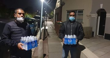 East London Water Scarcity: Members of Muslim community commended for giving out free bottled water to neighbours of all religions despite Covid-19 threat.