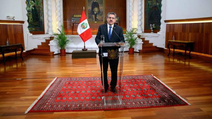 Read more about the article Breaking: Jubilations replace Protests as Peru President Manuel Merino resigns after 5 days in power (video)