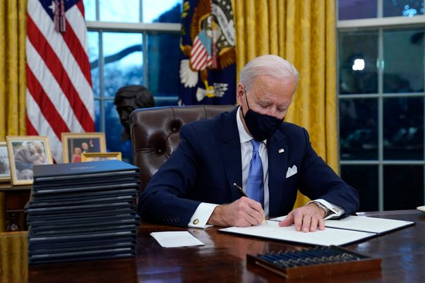 Biden I dont know what Im signing (funny Biden memes)