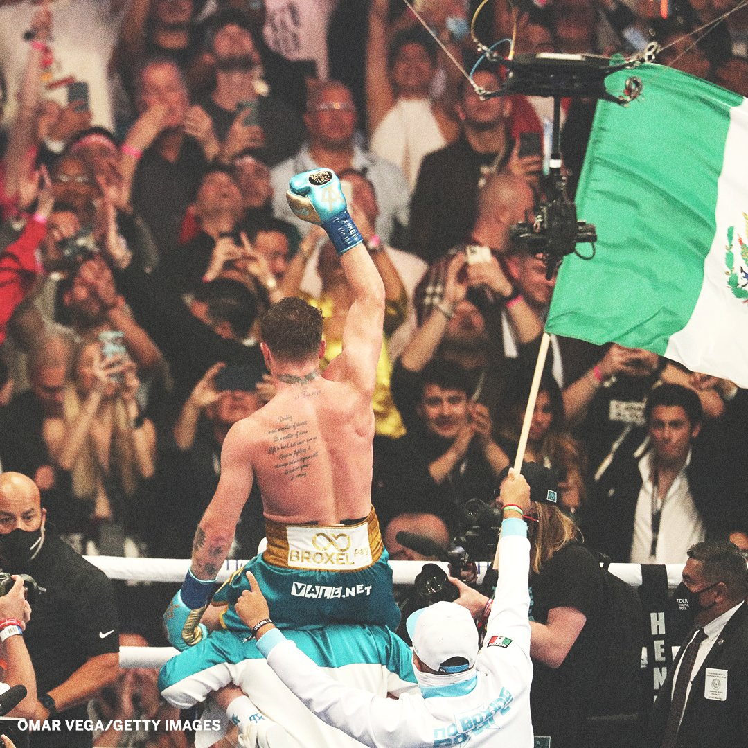 Read more about the article 30 Funniest Tweets, Hilarious Pictures, and Funny Memes as Canelo vs Saunders lives up to its hype (videos)