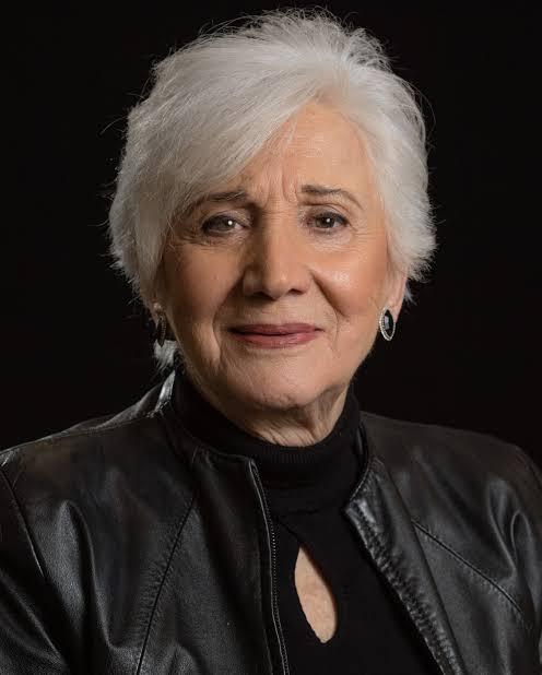 Read more about the article Olympia Dukakis, Oscar-Winning 'Moonstruck' star, dies at 89 (Video)