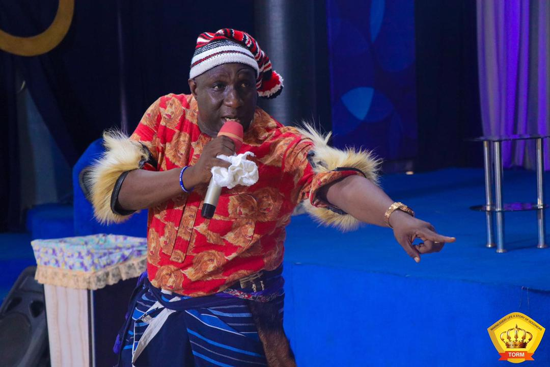 Read more about the article Apostle Umah Udah dresses like a warlord to church service